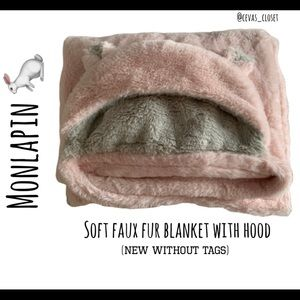 Faux Fur baby girl hooded blanket